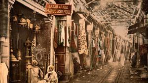 Der Souk Eltrouk in Tunis, Tunesien, 1899