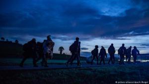 Flüchtlinge an der österreichisch-deutschen Grenze; Foto: picture-alliance/dpa/A. Weigel