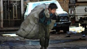 Viele jemenitische Kinder können nicht mehr zur Schule gehen, da sie arbeiten müssen, um ihre Familien zu versorgen; Foto: Ali Al Sunaidar