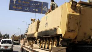Ägyptische Panzereinheiten werden im August 2018 auf den Sinai verlegt; Foto: dpa