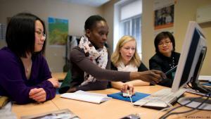 Symbolbild Anerkennung ausländischer Hochschulabschlüsse in Deutschland; Quelle: dpa/picture-alliance