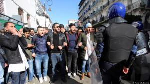 Soziale Proteste Anfang Januar 2018 in Algier; Foto: Reuters