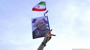Anhängerin Hassan Rohanis während einer Präsidentschaftswahlveranstaltung am 16. Mai 2017 in Teheran; Foto: picture-alliance/AP