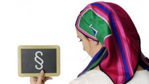 Symbolbild: Urteil über Kopftücher am Arbeitsplatz; Foto: picture-alliance/dpa