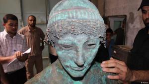 Eine Bronze-Statue des griechischen Gottes Apollon in Gaza am 19. September 2013; Foto: Reuters