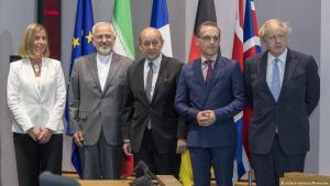 Die EU-Außenbeauftragte Mogherini mit den Außenministern aus Iran, Frankreich, Deutschland und Großbritannien (v. li.); Foto: picture-alliance/Photoshot