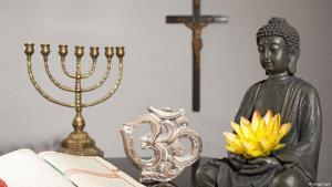 Symbolbild Weltreligionen; Foto: imago/epd