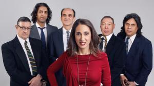 "Leadsängerin Yvette Saatchi Perez und ihr Ensemble ""Mitra Sumara""; Quelle: Persian Cardinal Recordings"