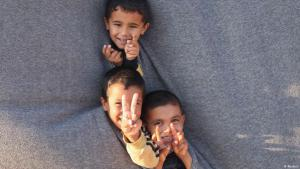 Syrische Flüchtlingskinder im Camp Bashabsha in der Nähe der jordanischen Stadt Al Ramtha; Foto: REUTERS/Majed Jaber