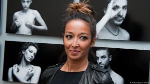 Die französisch-marokkanische Autorin Saphia Azzeddine; Foto: Getty Images/F. Durand
