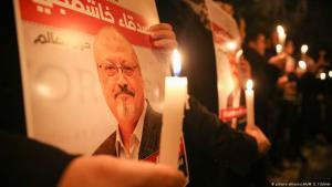 Demonstranten fordern in der Türkei die sofortige Aufklärung des Mordes an dem prominenten saudischen Oppositionellen Jamal Khashoggi; Foto: picture-alliance/AA/M. E. Yildirim