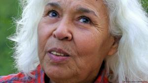 Die ägyptische Feministin und Schriftstellerin Nawal El Saadawi; Foto: picture-alliance/AFP/Naamani