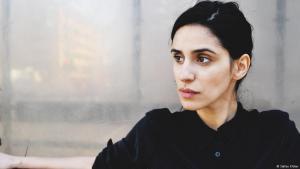 Die deutsche Schauspielerin, Filmemacherin und Autorin Aryam Zaree; Foto: Stefan Klüter