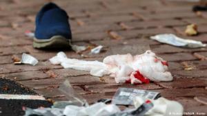 """Christchurch trauert um die Opfer des Terroranschlags. """"Es gab überall Blut"""". Foto: Reuters/SNPA/M.Hunter"""