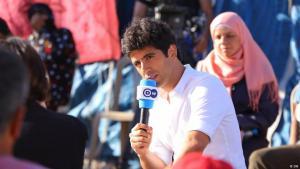 """Jaafar Abdul Karim, Redaktionsleiter und Moderator der arabischsprachigen Jugendsendung """"ShababTalk"""" der Deutschen Welle; Quelle: DW"""