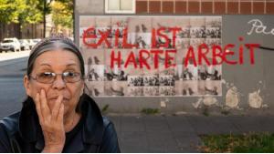 """Die türkisch-französische  Kunstpionierin Nil Yalter. Aus der Ausstellung """"Exil ist ein harter Job"""". Museum Ludwig; 9. März - 2. Juni 2019 (Foto: Nil Yalter/H. Krause)"""