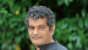 Der pakistanische Schriftsteller Mohammed Hanif; Foto: Foto: Catherina Hess / A1 Verlag