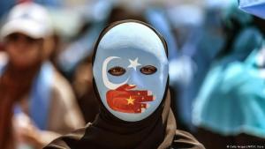 Proteste in Istanbul gegen die Unterdrückung der Uiguren in China; Foto: Getty Images/AFP/O. Kose