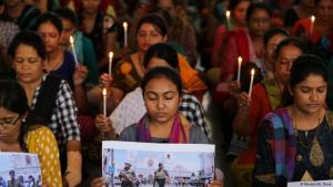 Trauer um mehr als 300 Opfer der Anschläge in Sri Lanka. Foto: Reuters/A. Dave