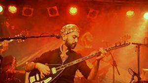 Der Musiker Adir Jan; Quelle: © Denis Bauer
