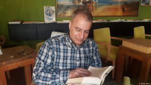 Der iranische Schriftsteller Amir Hassan Cheheltan; Foto: DW/A. Amini