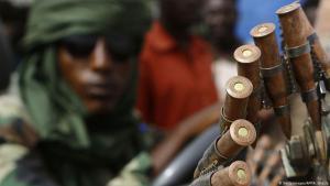 """Einheiten der """"Rapid Support Force"""" (RSF) im Süden Darfurs am 3. Mai 2015; Foto: AFP/Getty Images"""