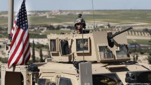 Einheiten der US-Armee im syrischen Manbij; Foto: picture-alliance/AP/H. Malla