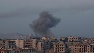 Luftangriffe in Kafr Hamrah bei Aleppo am 28.02.2016; Foto: picture-alliance/abaca