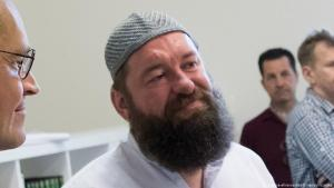 Christian Awhan Hermann, erster homosexueller Imam Deutschlands; Foto: picture-alliance/dpa/B. von Jutrczenka