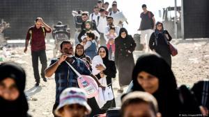 Syrische Flüchtlinge nahe der syrisch-türkischen Grenze in der südostanatolischen Provinz Kilis; Foto: AFP/Getty Images