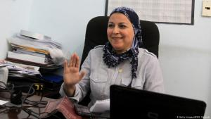 Die Journalistin, Bloggerin und Menschenrechtsaktivistin Esraa Abdel Fattah; Foto: Getty Images/AFP