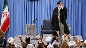Ayatollah Ali Khamenei bei einer Kundgebung Anfang Januar 2020 in Teheran; Foto: Reuters