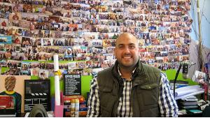 """Start-up-Gründer Ghassan Halawa von der Agentur """"Parachute""""; Foto: Claudia Mende"""