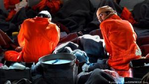 Inhaftierte in einem Gefängnis für IS-Kämpfer im syrischen Hassakeh; Foto: picture-alliance/ZUMAPRESS/C. Guzy