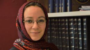 Muna Tatari hat an der Universität Paderborn einen Lehrstuhl für Islamische Systematische Theologie inne; Foto: Muna Tatari