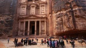 Die Felsenstadt Petra lockt jährlich zehntausende Besucher an (Archivbild)