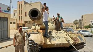 Einheiten der von den UN anerkannten Regierung der Nationalen Einheit (GNA) in Tripolis; Foto: Getty Images/AFP/M. Turkia