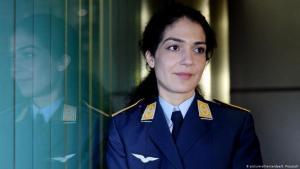 Soldatin Nariman Hammouti-Reinke; Foto: picture-alliance/dpa/S. Prautsch