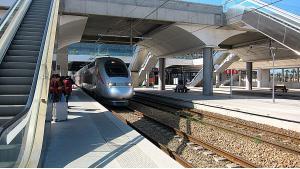 Hochgeschwindigkeitszug Al Boraq im Bahnhof von Rabat Agdal; Foto: Claudia Mende