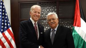 Joe Biden und der palästinensische Präsident Mahmoud Abbas (Foto: Debbie Hill/AP Foto/Bild-Allianz)