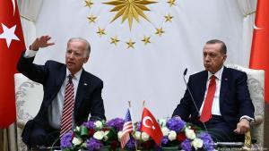 U.S.-Vizepräsident Joe Biden, links, und der türkische Präsident Recep Tayyip Erdogan bei einer Pressekonferenz in Ankara, Türkei, 24 August 2016. (Foto: picture alliance/AP Images/K. Ozer)