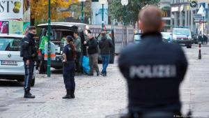 Wien am Tag nach dem Anschlag: Die Suche nach möglichen weiteren Tätern läuft auf Hochtouren(Alex Halada/AFP/Getty Images)