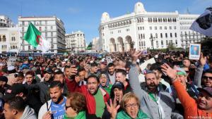 Protestmarsch in Algier am 21. Februar 2020, einer der letzten seiner Art in Algerien vor der Corona-Krise; (Foto: Reuters/R. Boudina)