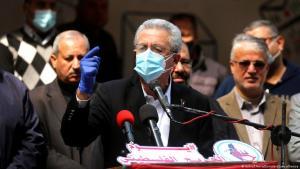 """Der Generalsekretär der Partei """"Palästinensische Nationale Initiative"""", Mustafa Barghouti, spricht während einer Demonstration zum Tag der palästinensischen Verwundeten am 13. März 2021, Gaza-Stadt, Gazastreifen, Palästinensisches Autonomiegebiet. (Foto: Ashraf Amra/APA Images/ZUMA Wire)"""