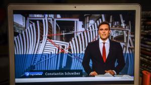 Der Journalist und Tagesschau-Sprecher Constantin Schreiber. (Foto: Rüdiger Wölk/Imago Images)