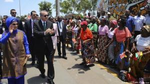 Über 30 afrikanische Länder hat der türkische Präsident Erdoğan bereits besucht - hier 2017 in Mosambik. (Foto: Picture alliance/AP/ Photo/ KOzer)