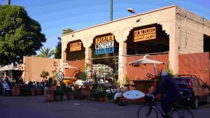 Die Zentrale der Initiative Pikala in einer alten Müllsortierungsanlage am Rande der alten Medina, Marrakesch, Marokko (Foto: Marian Brehmer)
