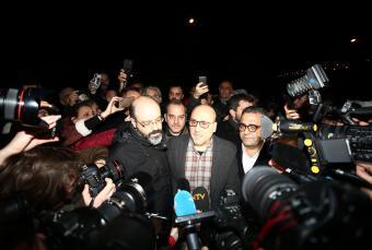 Ahmet Şık und Murat Sabuncu wurden freigelassen; Foto: picture alliance/AA