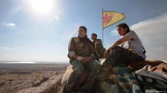 Kämpfer der Kurdenmiliz YPG in der nordsyrischen Stadt Kobane...
