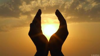 Betende Hände. Islam in Deutschland. Foto: Fotolia